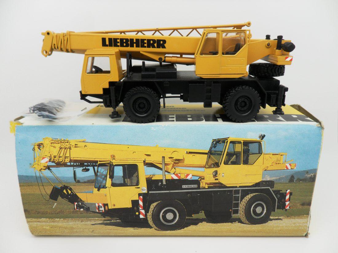 Conrad Liebherr Mobile Crane 1/50