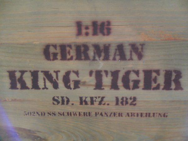 FORCES OF VALOR 1/16 KING TIGER TANK