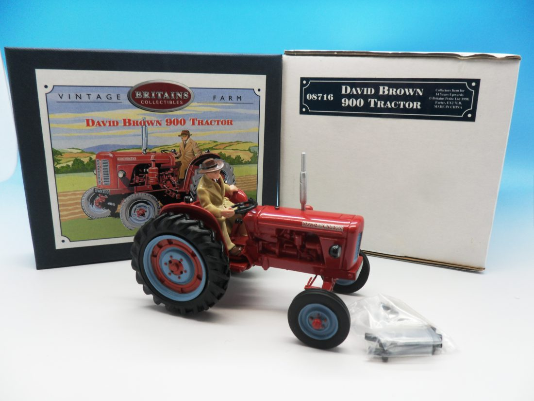 Britains David Brown 900 Tractor 1/32 08716