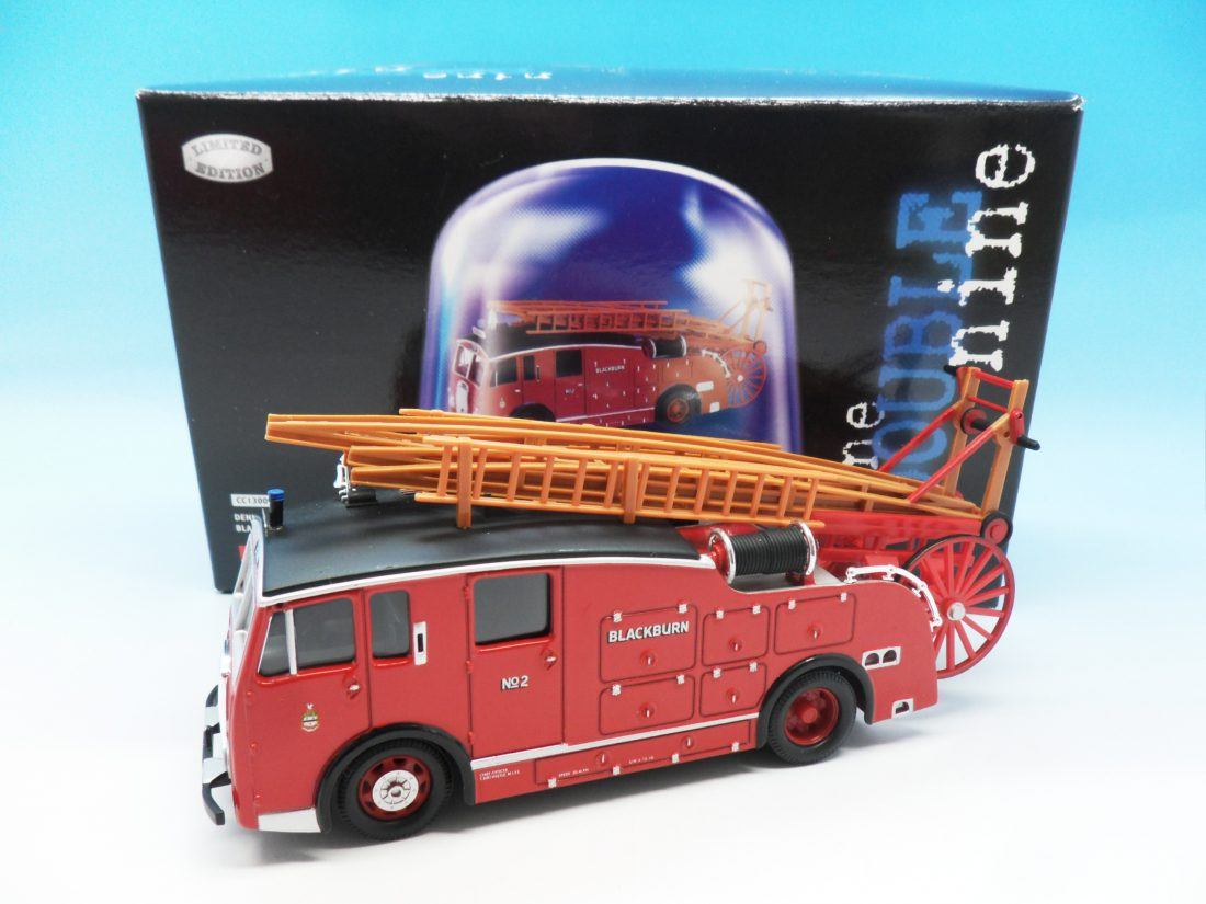 Corgi Classics Fire Engine Blackburn Dennis F15 Rar Pump Escape Fire Appliance CC13001 1/50