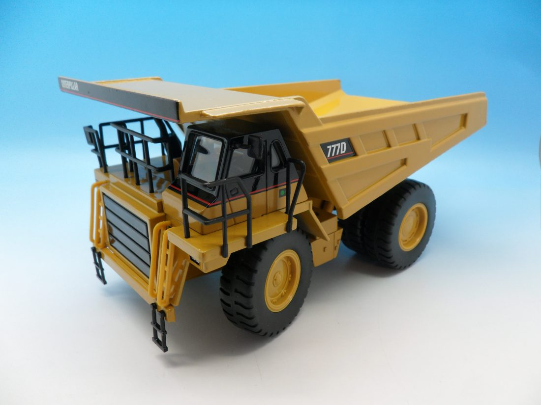 Norscott Cat 777D Off Highway Truck 1/50