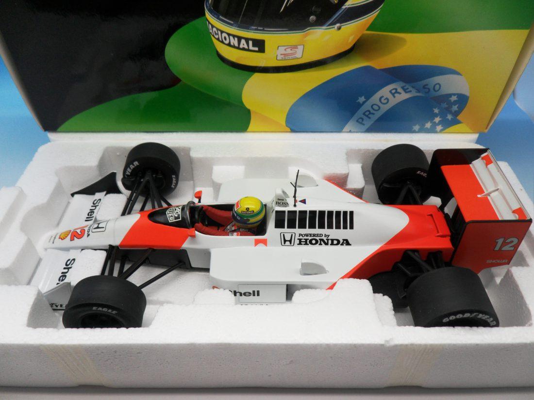 Minichamps Formula One F1 McLaren MP4/4 Honda Aryton Senna 1/18 540 881812