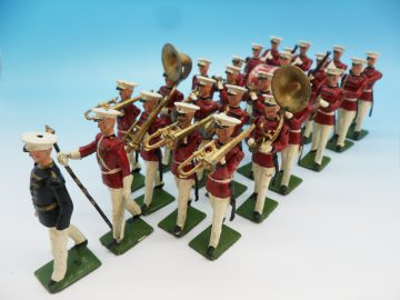 BRITAINS UNITED STATES MARINE CORPS MARCHING BAND SET 2014