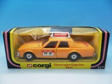 CORGI TOYS CHEVROLET CAPRICE TAXI 327