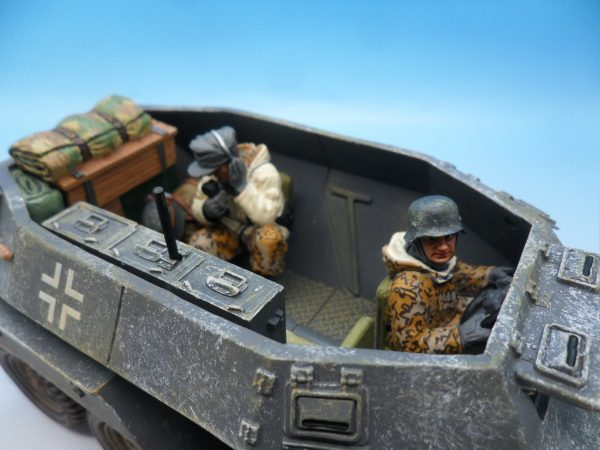 King & Country Battle of the Bulge Otto Skorzeny's Command Car BBG039 130 (4)