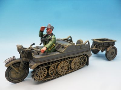 King & Country WW2 Wehrmact Sd.Kfz.2 Kettenkrad and trailer WH023 130 (2)