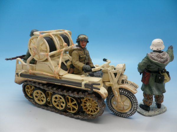 King and Country WW2 German Forces Kettenrad Halftrack Motorcycle WSS81 130 (4)