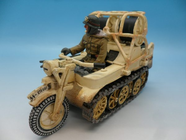 King and Country WW2 German Forces Kettenrad Halftrack Motorcycle WSS81 130 (8)