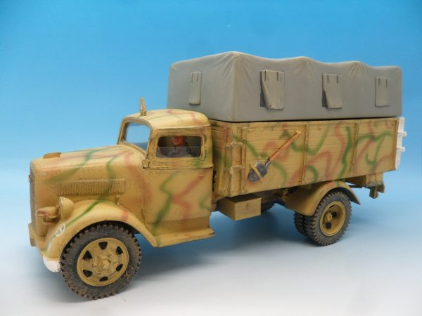 King and Country WW2 German Forces Opel Blitz Truck Normandy Camouflage WSS90 130 (2)