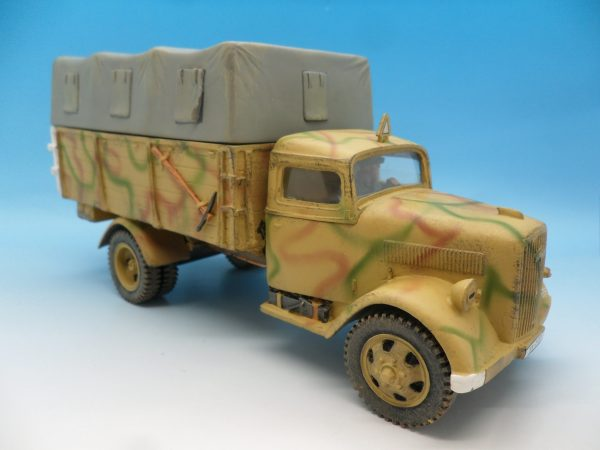 King and Country WW2 German Forces Opel Blitz Truck Normandy Camouflage WSS90 130 (4)