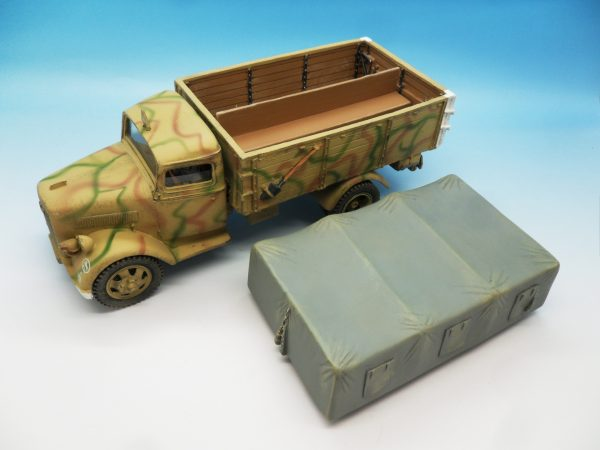 King and Country WW2 German Forces Opel Blitz Truck Normandy Camouflage WSS90 130 (8)