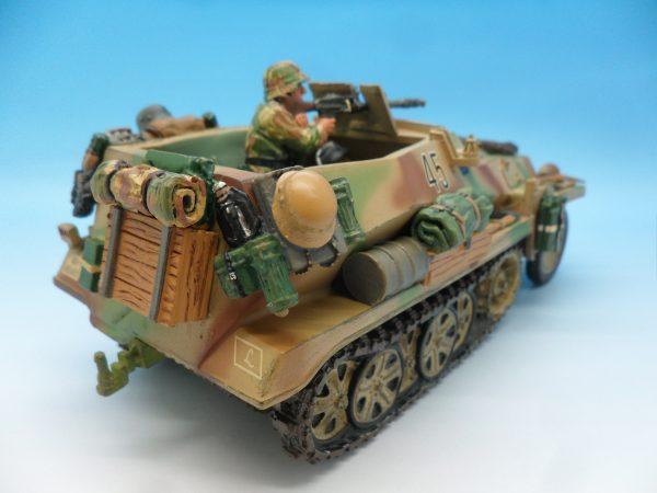 King and Country WW2 German Forces Schutzenpanzerwagen WSS121130 (2)